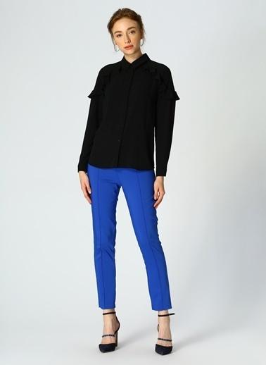 Random Kolları Fırfırlı Gömlek Siyah